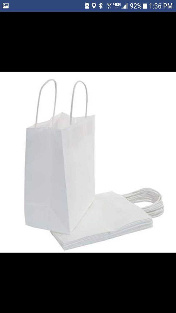 NEW - 15-Count Bulk White Paper Gift Bags with Handles