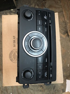Mazda CX-9 radio receiver for Sale in Queens, NY