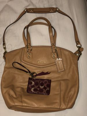 Beautiful leather Coach purse with Coach wallet for Sale in Columbus, OH