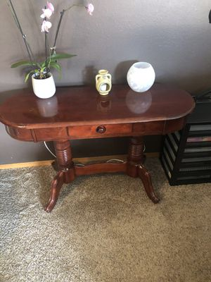 Table console for Sale in Vancouver, WA