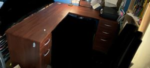 L shaped desk for Sale in Peabody, MA
