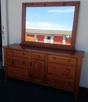 DRESSER WITH MIRROR for Sale in Gaithersburg, MD
