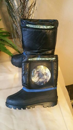 Godzilla snow boots size 11 for kids for Sale in North Las Vegas, NV