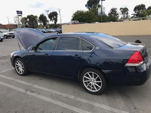 08 Chevy Impala v6 flexfuel for Sale in Lancaster, CA