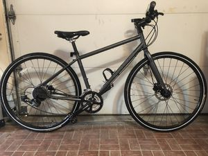 REI Buzz Novaro Medium - urban commuter for Sale in Austin, TX