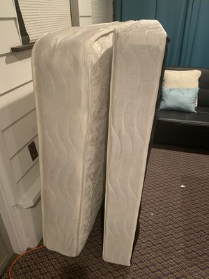 Full size mattress and box spring for Sale in Columbus, OH