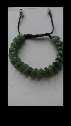 """Certified green jade beads knitted bracelet adjustable from 2""""-3"""" for Sale in Richmond, CA"""