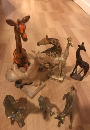 GIRAFFE STATUE COLLECTION! 8 STATUES IN TOTAL! for Sale in Providence, RI