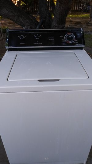 Whirlpool heavy duty washer/Kenmore Electric dryer combo for Sale in Fresno, CA