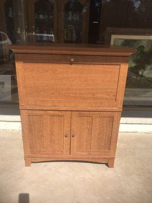 Desk $50 for Sale in Wolcott, CT