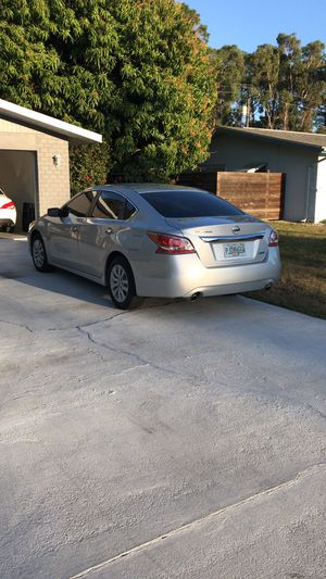 2013 Nissan Altima - I finance for Sale in Fort Myers, FL