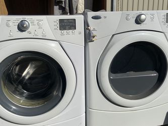 Whirlpool Duet Washer And Dryer for Sale in Fresno,  CA