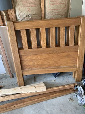 Twin bed with rails and slats for Sale in Pataskala, OH