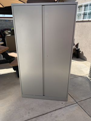 Metal storage cabinet for Sale in Fontana, CA