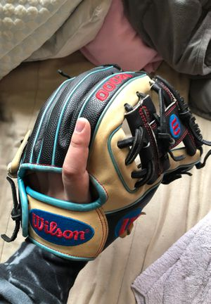 Wilson A2000 baseball glove for Sale in Harbor City, CA