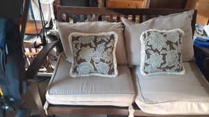 4 piece outdoor furniture set with cushions and pillows for Sale in Gibsonia, PA