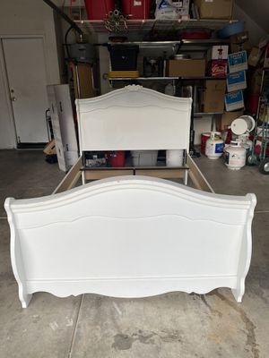 Beautiful Full Bed for Sale in Murrieta, CA