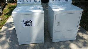 Maytag washer and dryer...Like new for Sale in Tampa, FL