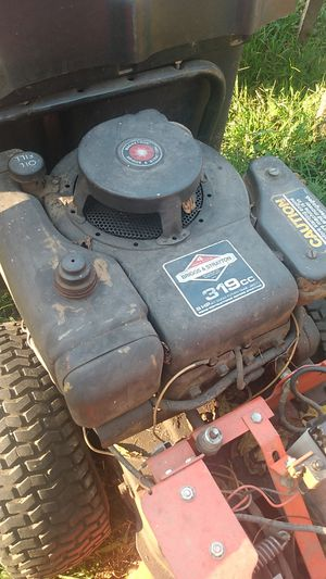 Ariens. Tractor with bagger for Sale in Evansville, IN