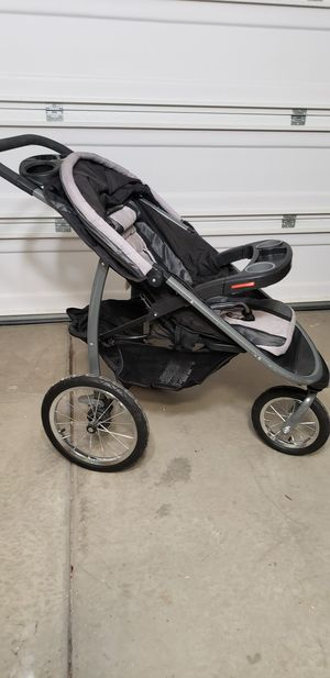 Graco®Click Connect™FastAction™ Fold Jogger Stroller for Sale in Fontana, CA