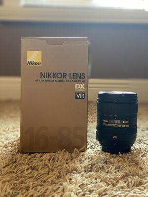Nikon lens for Sale in Tamarac, FL