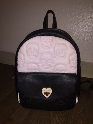Skull betsey Johnson backpack for Sale in Las Vegas, NV