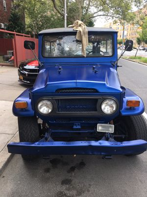 Toyota fj40 3 speed all original new interior battery tires runs strong for Sale in Brooklyn, NY