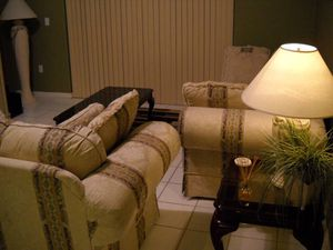 6 Piece Living Room Set- Great Condition! for Sale in Miami, FL