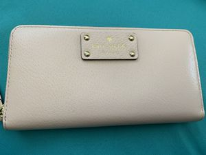 Kate spade wallet for Sale in Stafford, VA