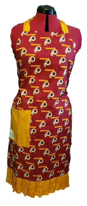 Redskins handmade reversible apron for Sale in Virginia Beach, VA