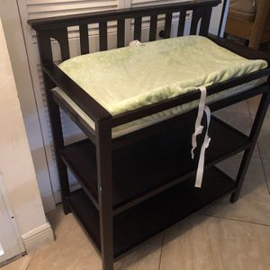 Changing Table, Great Condition (Graco) for Sale in Pompano Beach, FL