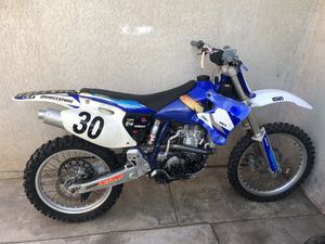 Dirt Bike 2000 YAMAHA 400cc for Sale in Riverside, CA