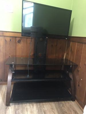 "LG 32"" TV with stand for Sale in Ashburn, VA"