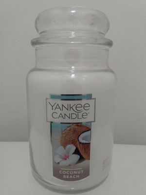 COCONUT BEACH YANKEE CANDLE (22oz) for Sale in Springfield, VA