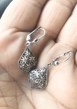 New. 14k White gold diamond cut dangling earrings. Solid white gold. Great gift for the woman in your life for Christmas or party or birthday. E for Sale in Corona, CA