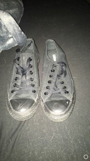 Women's converse for Sale in St. Louis, MO