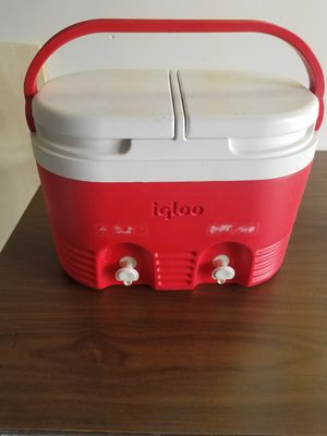 Two compartment cooler for Sale in Clifton, VA