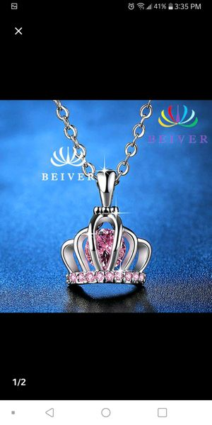 Adorable Princess Necklace for Sale in Cleveland, OH