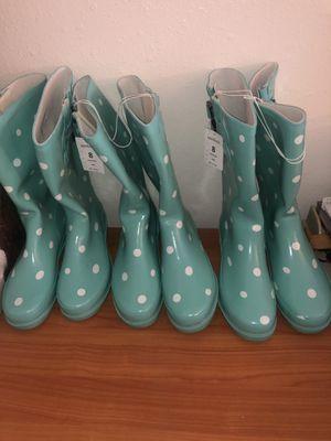 Brand new teal poka dot rain boots for Sale in Sacramento, CA