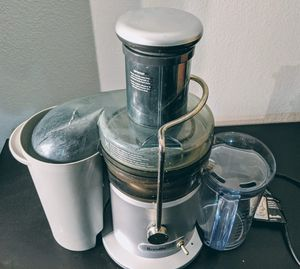 Breville the Juice Fountain Plus for Sale in San Mateo, CA