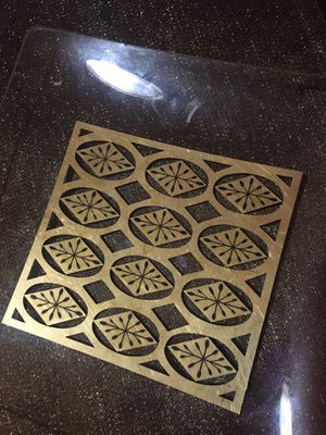 """COLLECTIBLE GOLD ETCHED GLASS TRAY """"8x8"""" for Sale in New Castle, DE"""
