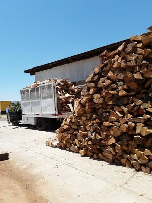 DRY FIREWOOD IN RIVERSIDE ALL YEAR AROUND for Sale in Riverside, CA