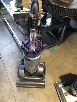 Dyson Absolute DC17 Animal Vacuum TAKE NOW AS IS! for Sale in Long Beach, CA