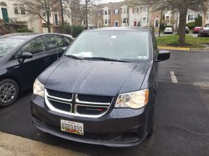 Dodge Grand caravan 2013 for Sale in Lanham, MD
