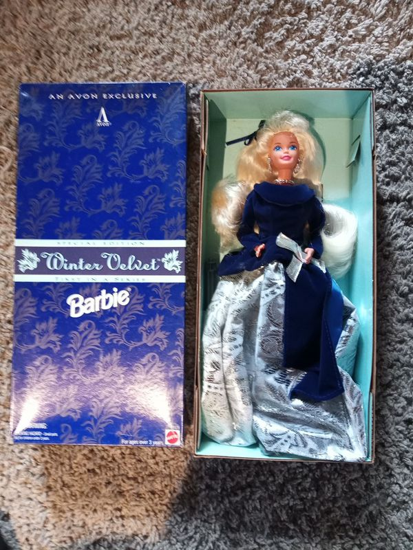 WINTER VELVET BARBIE