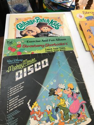 9 children's albums for Sale in Streamwood, IL