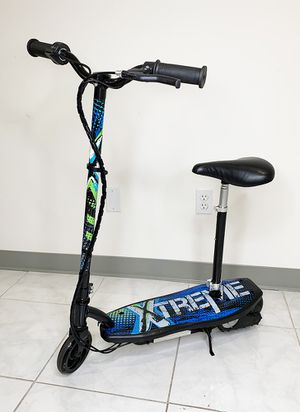 """New $75 Kids Teens Electric Scooter w/ Seat Hand Brake Kick Stand Rechargeable Battery (29x8x35"""") for Sale in Whittier, CA"""