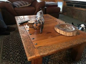 Wood coffee table for Sale in Overgaard, AZ