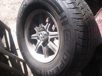 Silverado Sierra 2n2 New Tires Look Before Tx Please 350 for Sale in Los Angeles,  CA