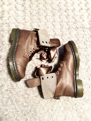 """Women's Dr. Martens boots paid $175 size 7 great condition. The style """"Aimilita"""" Combat Boot color Dark Brown only worn once. Can be worn folded down for Sale in Washington, DC"""